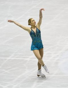 Joannie Rochette of Canada competes in the Ladies Free Skating during the ISU World Team Trophy 2009 Day 3 at Yoyogi National Gymnasium on April 18, 2009 in Tokyo, Japan. (Photo by Junko Kimura/Getty Images) * Local Caption * Joannie Rochette