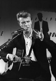 David Bowie 90s.