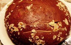 New Year's Cake from Constantinople (Vasilopita Politiki) - iCookGreek Cute Food, A Food, Greek Sweets, New Year's Cake, Greek Cooking, English Food, Round Cakes, Dessert Recipes, Desserts