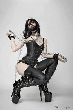Black lingerie / Heavy boots / Corset