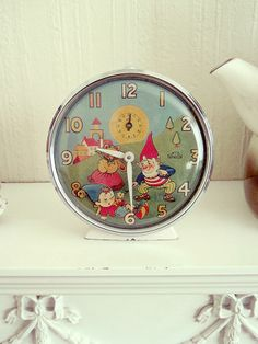 Love this little clock so much!