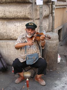 a lovely street musician in Roma