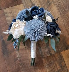Wood Flower Bouquet, Paper Bouquet, Small Bouquet, Flower Bouquet Wedding, Bridesmaid Bouquet, Bridesmaids, Cascading Bridal Bouquets, Cascade Bouquet, Bouquet Toss