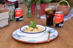 Ensalada de cous cous con mango y dátiles. Prueba esta estupenda mezcla de cous cous, mango y dátiles. ¡Te va a encantar! Ya sabíamos que el cous cous era un comodín. Pero si lo acompañas de mango y dátiles, resulta el comodín perfecto. #SienteElSabor #ComparteCocaColaCon #Recetas #Consejos #CocaCola https://www.youtube.com/watch?v=JQ2NM65fOeA&feature=youtu.be