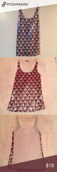 Cute sequins top! ✨ Racerback top with silver & gunmetal upside-down triangle design. The back is a plain off-white color. Excellent condition! (The sequins look pink in picture 2 just because my walls are pink) 💙 Charlotte Russe Tops Tank Tops