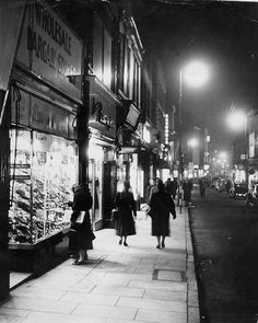 Clumber Street, Nottingham, about Nottingham City, Good Old Times, History Photos, Chiaroscuro, Local History, Back In The Day, Black And White Photography, Street Photography, Britain