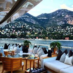 Luxury Yacht Interior, The times for a vacation is of course very important to refresh our body and mind that already tired to work or study. Luxury Yacht Interior, Luxury Yachts, Bateau Yacht, Places To Travel, Places To Visit, Travel Destinations, Positano, Bora Bora, Dream Vacations
