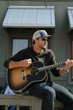 Love him ️ Luke Bryan ️ | Country Hunks | Pinterest | Cas ...