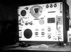 BC-348J Short Wave Radio Receiver + Antenna Tunign Unit.