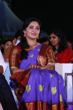 Anushka Shetty At Bahubali 2 Tamil Audio Launch Stills Beautiful Girl Indian, Beautiful Saree, Beautiful Indian Actress, Gorgeous Lady, Anushka Shetty Saree, Half Saree Function, Anushka Photos, Anushka Images, Actress Anushka