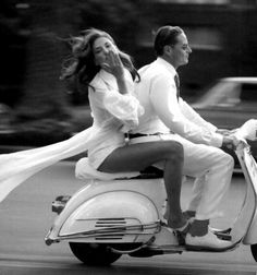 My favorite things.Vintage Vespa motorscooters, archery and the curves of a beautiful woman. Vespa Girl, Scooter Girl, Glamour, Lambretta, Italian Summer, Italian Style, Italian Lady, Italian Women, Cute Couples