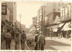 Yaşı yetenler hatırlar..Zonguldağın hamalı boldu.Tren yolu kalkınca kömür kamyonlarla limana gelir oradan hamallar taşırdı gemilere bazen..