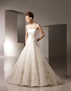 Asymmetrical Wedding Dresses with Sleeves