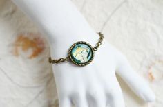 LADY BUTTERFLY Bracelet metal brass with the image of by OhKsushop