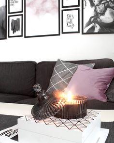 649 följare, 456 följer, 45 inlägg - Se foton och videoklipp från Cimla Interior - Finland (@cimla_interior) på Instagram Finland, Throw Pillows, Bed, Interior, Instagram, Home, Toss Pillows, Cushions, Stream Bed
