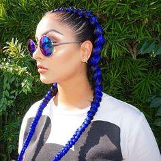 Love these cornrows styled by hairbycinn on elizalovezmusic LaStylist Braider LaHair bluehair voiceofhair ✂️========================== Go to VoiceOfHair.com ========================= Find hairstyles and hair tips! =========================