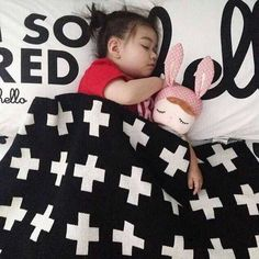 Cheap quilts and blankets, Buy Quality blanket doll directly from China blanket gift Suppliers:    Product Name:baby blanket cross cotton blanket of black and white classic children's blanket cashmere knitted blanket