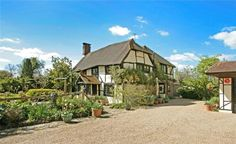 16th Century Listed timber framed cottage in West Sussex