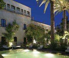 HOTEL HOSPES PALACIO DEL BAILIO - Córdoba - swimming pool at night