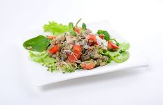 salata de linte germinata Raw Vegan Recipes, Cobb Salad, Food, Salads, Meals, Yemek, Eten