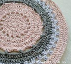 Hoje termino esse lindo 😍😉💕 ___ #tapete #rug #fiosdemalha #trapillo #crochet #totora