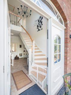 haus westfalen klinker landhaus bauernhaus klassisch ziermauerwerk fertighaus rundbogenfenster. Black Bedroom Furniture Sets. Home Design Ideas