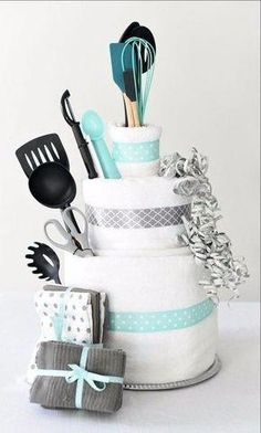 Towel Cake: A Fun DIY Bridal Shower Gift Wedding Gifts - A towel cake is a perfect DIY bridal shower gift idea that's easy to make, creative to give and a present the bride will love! Plus, we've got a great game you can play with this towel cake as well! Bridal Shower Gifts For Bride, Bridal Shower Cakes, Bridal Shower Party, Wedding Showers, Ideas For Bridal Shower, Best Bridal Shower Games, Themed Bridal Showers, Bridal Shower Prizes, Bride Shower