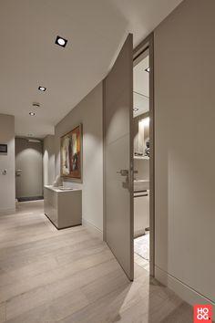 Apartment Interior Design, Interior Design Kitchen, Interior Decorating, Home Room Design, House Design, Grey Interior Doors, Flur Design, Home Entrance Decor, Design Case
