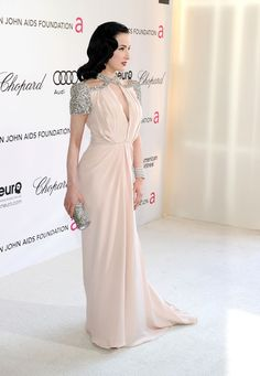 Dita Von Teese Photo - 20th Annual Elton John AIDS Foundation Academy Awards Viewing Party - Red Carpet