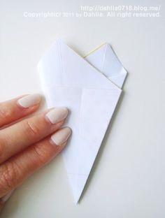 벚꽃 모빌 만들기_달리아의 봄맞이 인테리어 소품 DIY ♡ : 네이버 블로그 Paper Art, Origami, Container, Easter, Decorating, Flower, Decor, Papercraft, Decoration