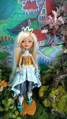 Ever After High — EverAfterHigh# Snow Girl # Custom Briar Beauty   ...