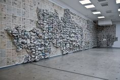 Almyra Weigel. Newspaper wall. 20 000 x 5 000 cm. www.almyraweigel.de