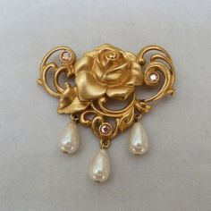 VINTAGE SIGNED AVON AURORA BOREALIS RHINESTONE FAUX PEARL DANGLE ROSE FLOWER PIN