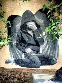 Ender - street art - paris 20, rue des cascades (mai 2014)