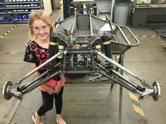 Beth with the crawler. Front end is back together. The driveshafts are in. Just waiting for the linear bearings to arrive so I can hook up the steering Motorized Trike, Mountian Bike, Tube Chassis, Off Road Buggy, Trophy Truck, Sand Rail, Reverse Trike, Karting, Mini Trucks