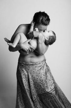 Unforgettable photos celebrate the bodies of mothers | BabyCenter Blog