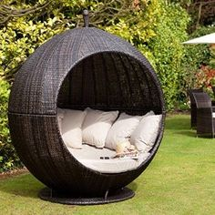 Maze Rattan Brown Apple Day bed Outdoor Garden Furniture Lounger by Maze Rattan Price: FREE UK delivery. Only 1 left in stock. Rattan Daybed, Rattan Outdoor Furniture, Outdoor Daybed, Gold Furniture, Furniture Plans, Rustic Furniture, Outdoor Decor, Kitchen Furniture, Outdoor Living