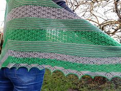 The old port of Gweek is located on the Helford river in Cornwall. It's an area of ourstanding natural beauty. This shawl combines a delicate beautiful lace pattern which reminds me of the lush green banks of the river. An unusual asymmetrical shape, garter stripes and a delicate lace patterns with contrasting beads makes this shawl eye-catching but very wearable.