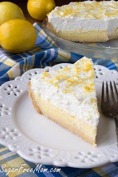 This Beautiful Lemon Cream Pie is a #lowcarb #glutenfree and #sugarfree sensation that even carb loving family and friends will enjoy! #lemon #sugarfreemom