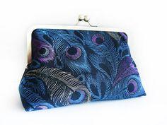 loliscreations on etsy - peacock purse