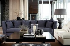 Décor Inspiration: A Cosy Ski Lodge with a Warm Fire Home Living Room, Interior Design Living Room, Living Area, Living Spaces, Beautiful Living Rooms, Beautiful Interiors, Piece A Vivre, Living Room Inspiration, Sofa Design
