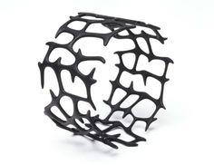 Black 3D printed bracelet #3DPrinting #Fashion