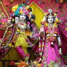 Daily Darshan (13-11-12)  @ISKCON Pune
