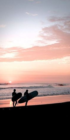 sunset rtro take a trip rtrolifestyle nature water mother nature rtrolifestyle sunset traveling water, Beach Aesthetic, Summer Aesthetic, Travel Aesthetic, Roxy Surf, Aesthetic Backgrounds, Aesthetic Wallpapers, Surfing Pictures, Nature Water, Photo Wall Collage