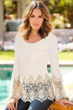 2016 new arrive plus size lace tops flower Crochet Lace Blouse Autumn round neck long sleeve women white lace blouses