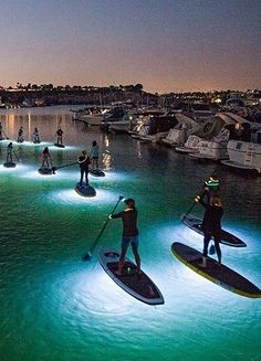 Go Kayaking At Night - A Summer Bucket List For - PhotosYou can find Summer bucket and more on our website.Go Kayaking At Night - A Su. Summer Aesthetic, Travel Aesthetic, Marinha Wallpaper, Summer Nights, Summer Vibes, Summer Goals, Summer Plan, Summer Dream, Best Friend Pictures