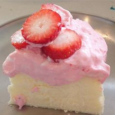 Pink Desserts, Cute Desserts, Pink Sweets, Tasty, Yummy Food, Yummy Yummy, Delish, Pink Foods, Aesthetic Food