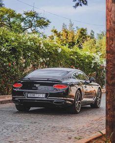 Enjoy the Amazing Continental GT on this Amazing Sunday Morning. Villa, Bentley Car, Bentley Continental Gt, Sunday Morning, Concept Cars, Luxury Lifestyle, Amazing, Awesome, Exactement