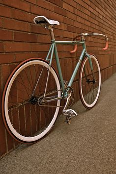 Bianchi Pista Via Condotti (photo by Josh Snapp)