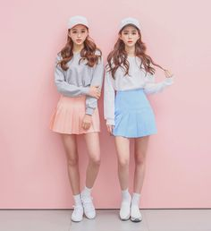 Blippo Kawaii Shop ♥ Cute Japanese gifts, candy, stationery & accessories with Free international. Kawaii Fashion, Cute Fashion, Asian Fashion, Skirt Fashion, Fashion Outfits, Mode Ulzzang, Ulzzang Girl, Twin Outfits, Matching Outfits